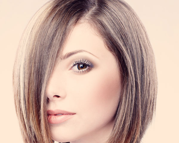 Side Parted Bob With Thick Layers