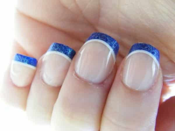 blue tipped nails