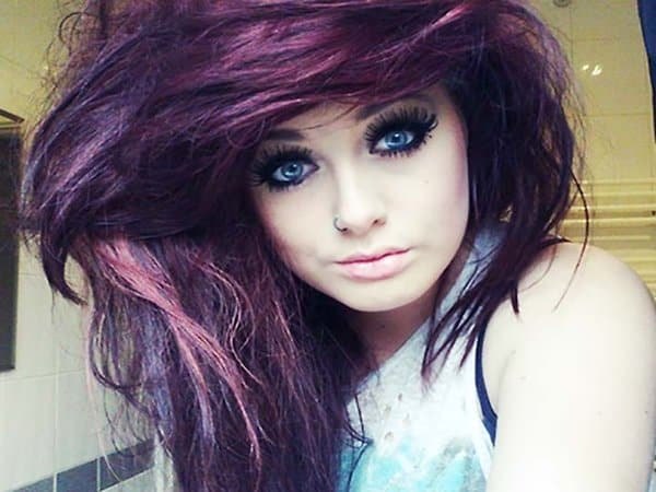 Hairstyles Purple : of this amazing purple hairstyle with her makeup and her purple hair ...
