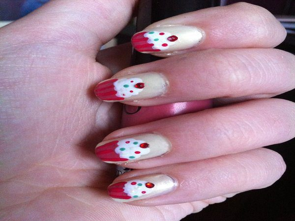 White Nails with Red and Pink Cup Striped White Cupcakes