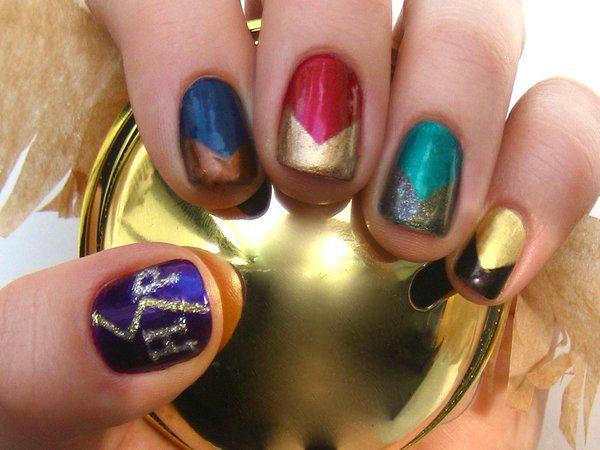 Metallic Colors of the Four Harry Potter Houses and Gold Glitter Lightning Bolt