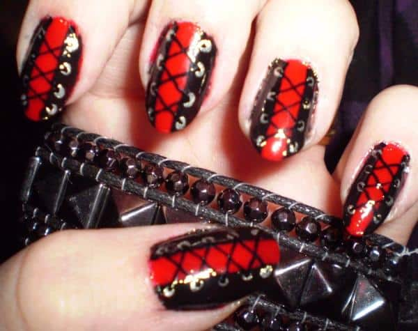 Red Nails 12