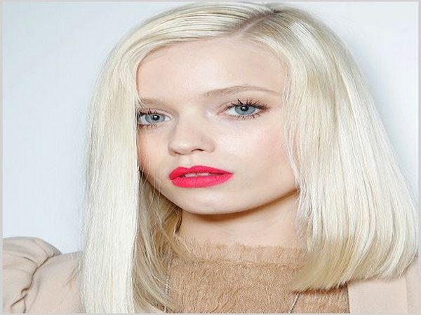 Shoulder Length Straight White Hair