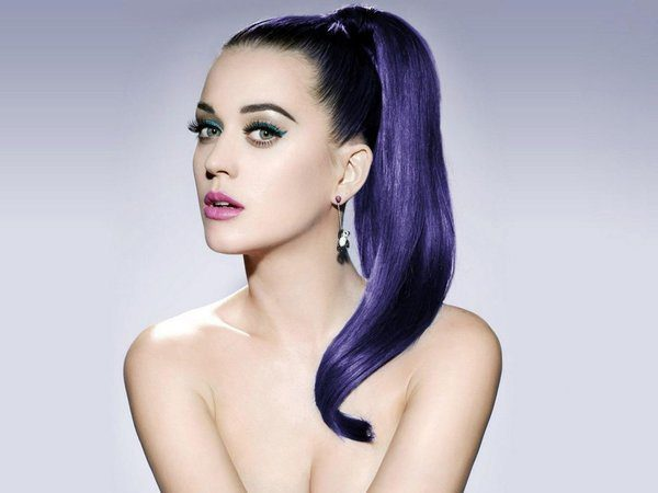 Katy Perry with Long Black and Purple Straight Hair In Genie Pony Tail