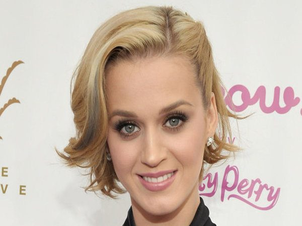 Katy Perry Blonde Hair Swept Back