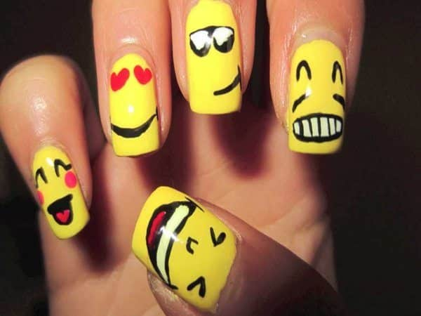 Yellow Nails with Many Facial Expressions