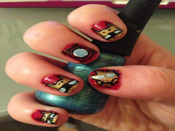 Red Nails with Gold Iron Man Masks and Arc Reactor