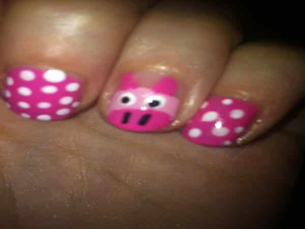 Robust Pink Nails with White Polka Dots and Pink Piggy