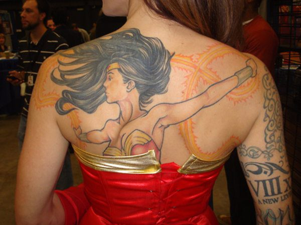 Wonder Woman and Gold Lasso Back Tattoo