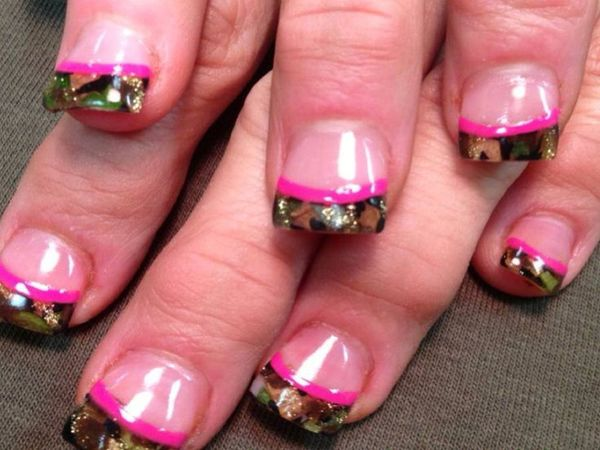 Plain Nails with Camouflage Tips and Pink Stripe
