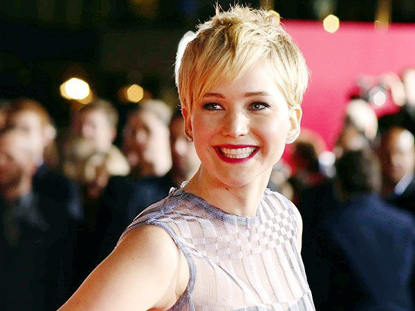 Jennifer Lawrence On the Red Carpet with Short Blond Hair