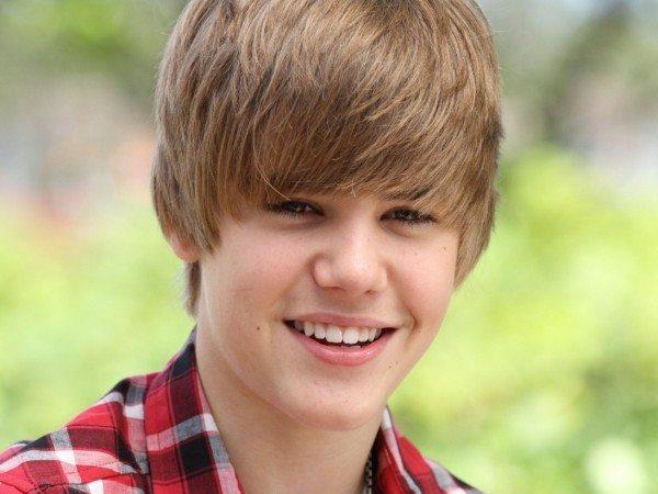 Justin Bieber with Forward Haircut