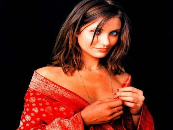 Cameron Diaz Brunette Straight Shoulder Length Hair