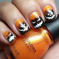 12 Fun and Scary Halloween Fingernails