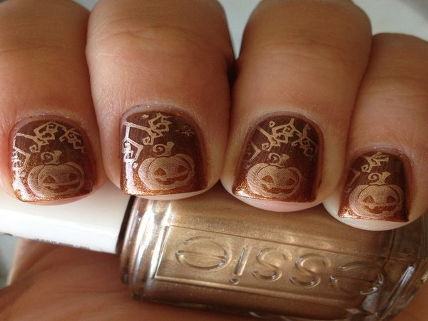 Tan Nails with Gold Carved Pumpkins