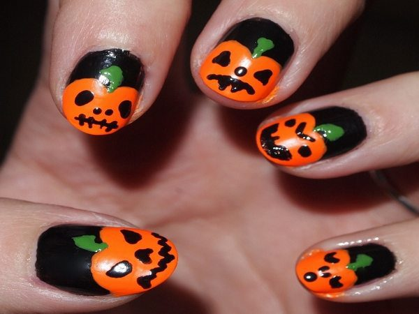 Black Nails with Decorated Pumpkins