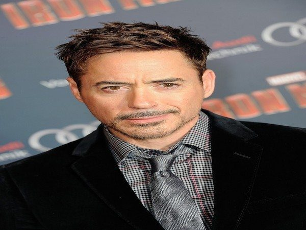 Robert Downey with Short Hair with Messy Parted Bangs