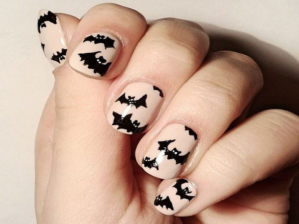 White Nails with Black Bats