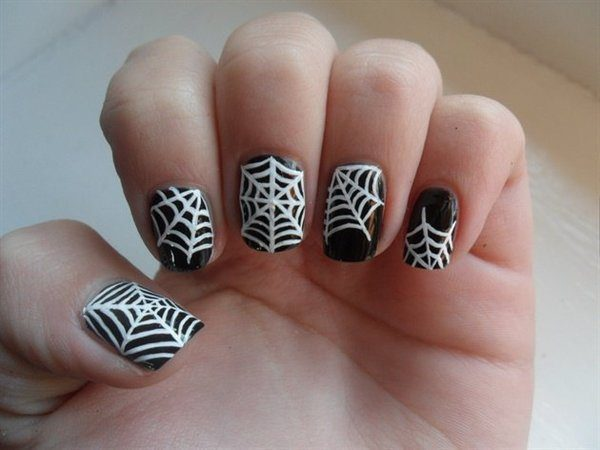Black Nails with Spider Webs and One Spider Webbed Tip