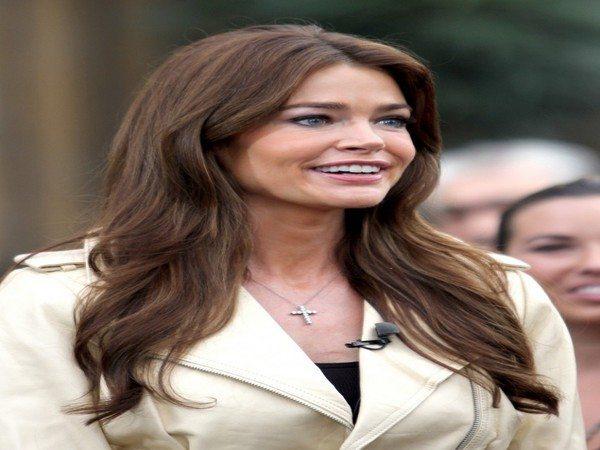 Denise Richards Brunette Wavy Long Hair