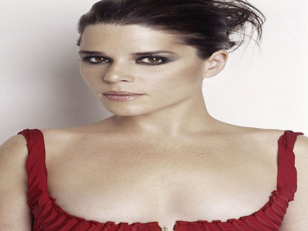 Neve Campbell Updo