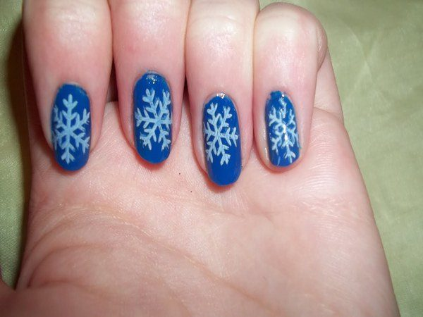 Medium Blue Nails with Light Blue Snowflakes