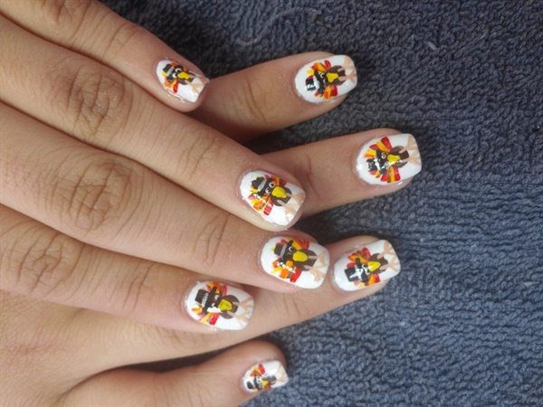 White Nails with Turkeys