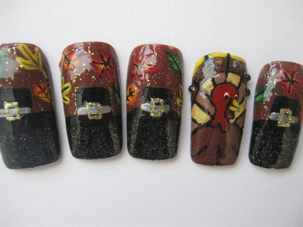 Black Pilgrim Hat Nails with Leaves and Turkeys