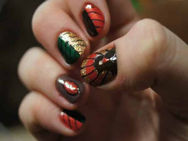 Leaf Nails with Turkeys
