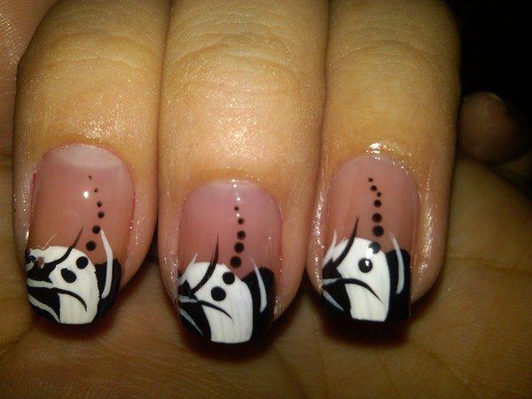 Plain Nails with Black and White Decorated Tips and Black Dots