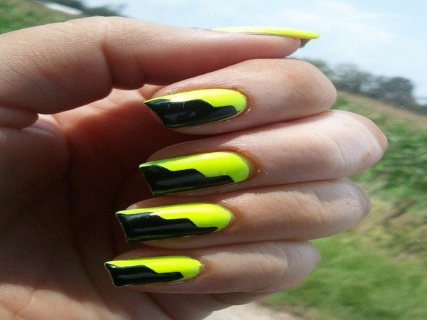Half Yellow and Half Black Nails