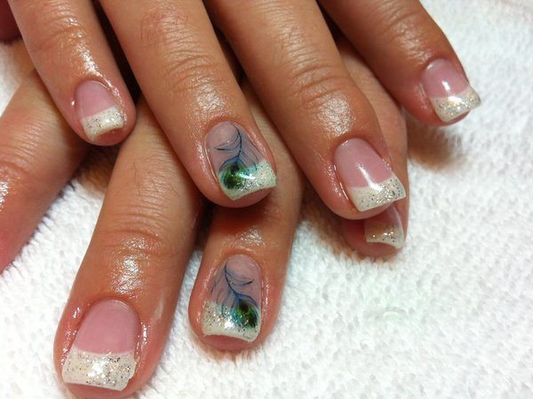 Plain Nails with White Glitter Tips and Feathers
