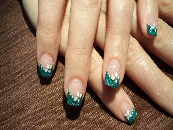 Green Glitter Nail Tips with white Flowers and White Dots