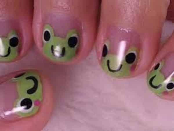 Plain Nails with Green Smiling Frogs