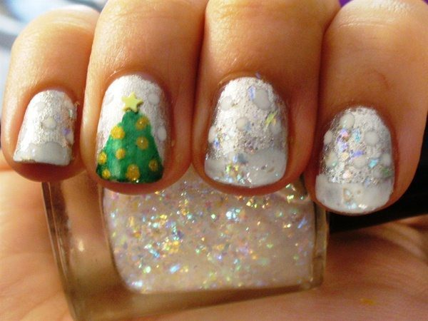 White Nails with Christmas Trees and Snow
