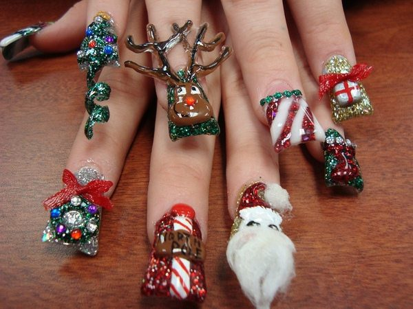 Christmas nail designs best nails 2018 16 cool christmas nail designs prinsesfo Choice Image