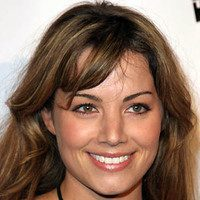10 Excellent Erica Durance Hairstyles