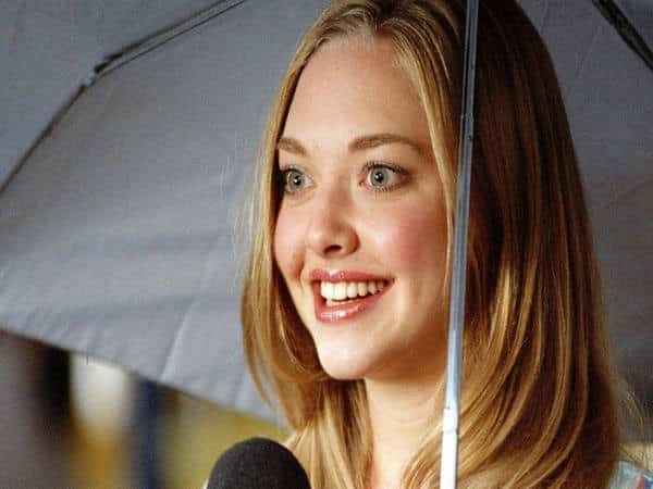 Amanda Seyfried Straight Dark Blond Long Bob Hairstyle