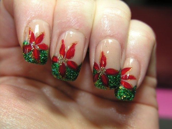 Poinsettia Nails with Green Glitter Tips