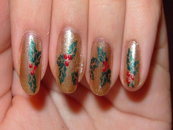 Gold Glitter Nails with Poinsettia Flowers