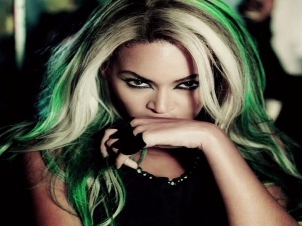 Beyonce Long Straight Hair with Blond and Green Streaks