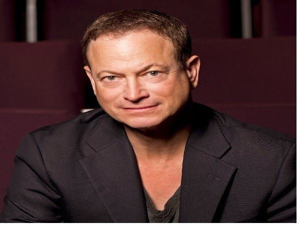 Gary Sinise Short Hair with Brown and Hints of Gray