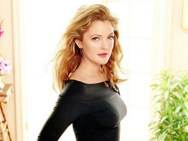 Drew Barrymore Shoulder Length Curly Blond Hair