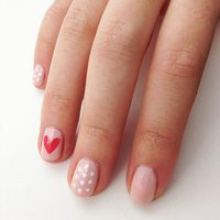 11 Neat Nude Nail Designs