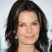 Sela Ward Hairstyle Pictures
