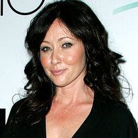 12 Stunning Shannen Doherty Hairstyle Pictures
