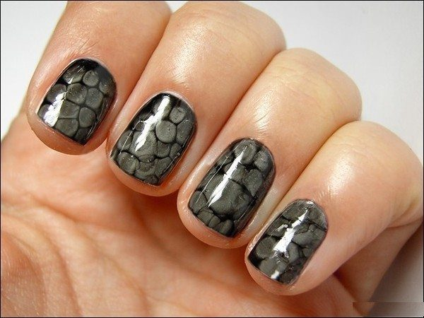 Black and Grey Snakeskin Nails