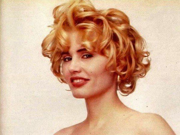 Geena Davis Short Curly Blond Hair