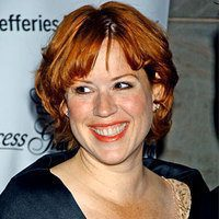 12 Magical Molly Ringwald Hairstyle Pictures