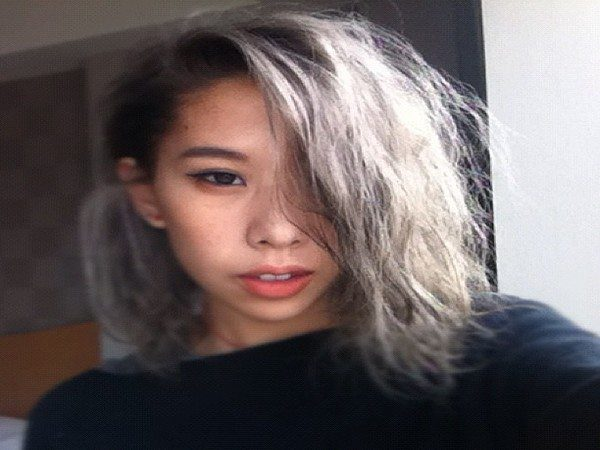 Messy Wave Grey Hair with Long Bangs